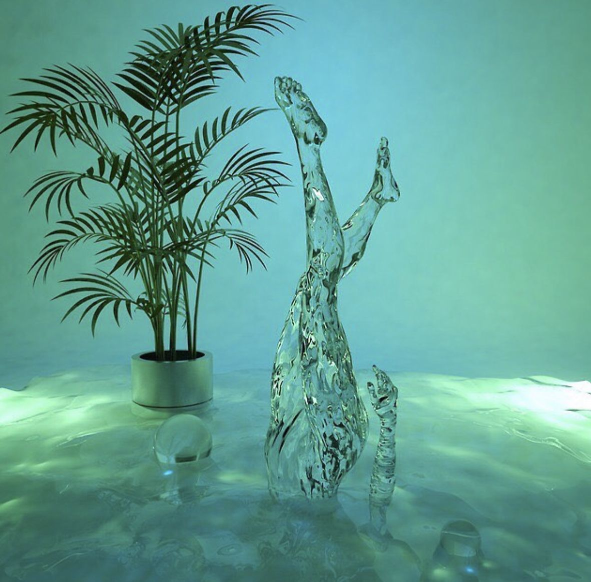 Arty cool pic - ice sculpture #art #arty #lovedesign