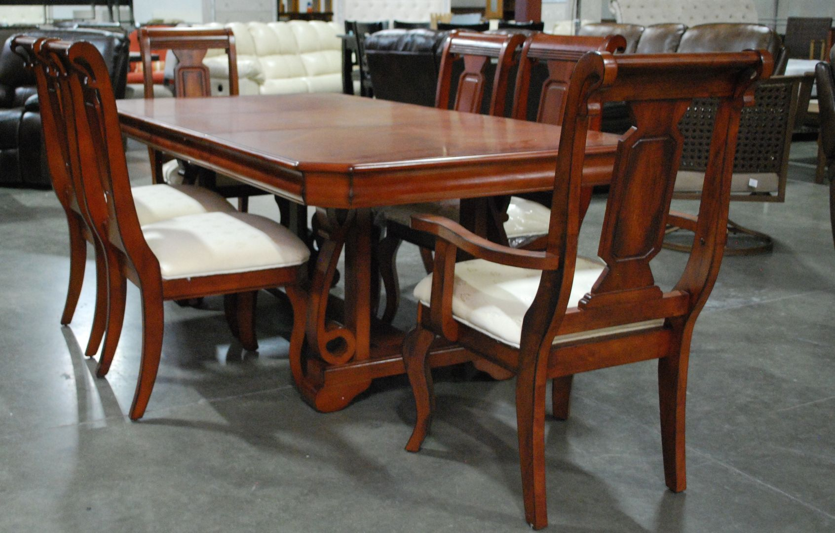 Dinning Table And Six Chairs Furniture Auctions Furniture