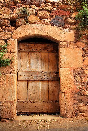 Ochre door in Provence