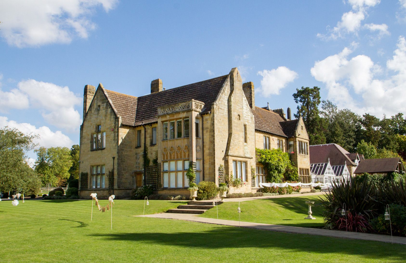 Five Reasons Why Cheap Wedding Venues In Kent Is Common In
