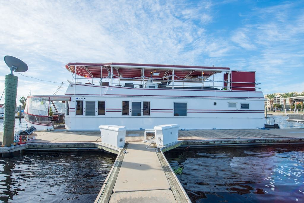 Houseboat 60 feet of luxury houseboats for rent in