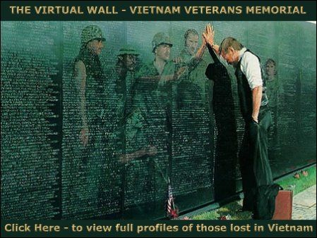picture of veteran at the vietnam wall the virtual wall