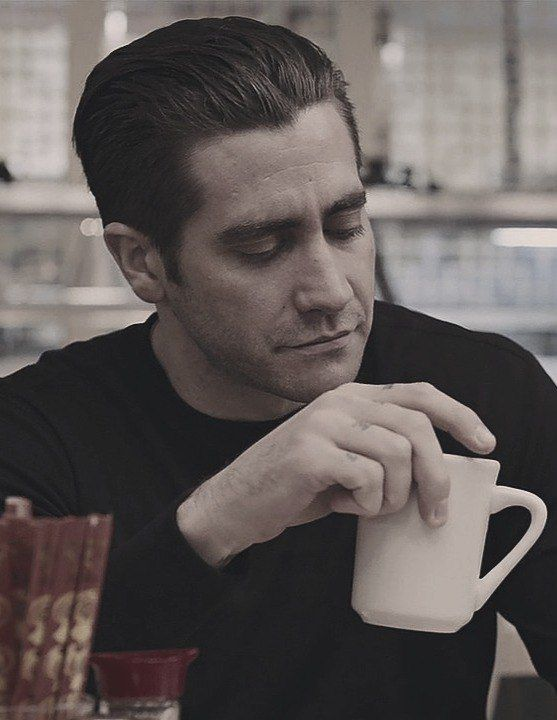 Jake Gyllenhaal In Prisoners Another Pic With His Hair Like