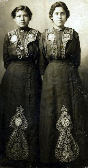 Nora Longhat and Annie Halfmoon-Sargent, women of the Delaware ...