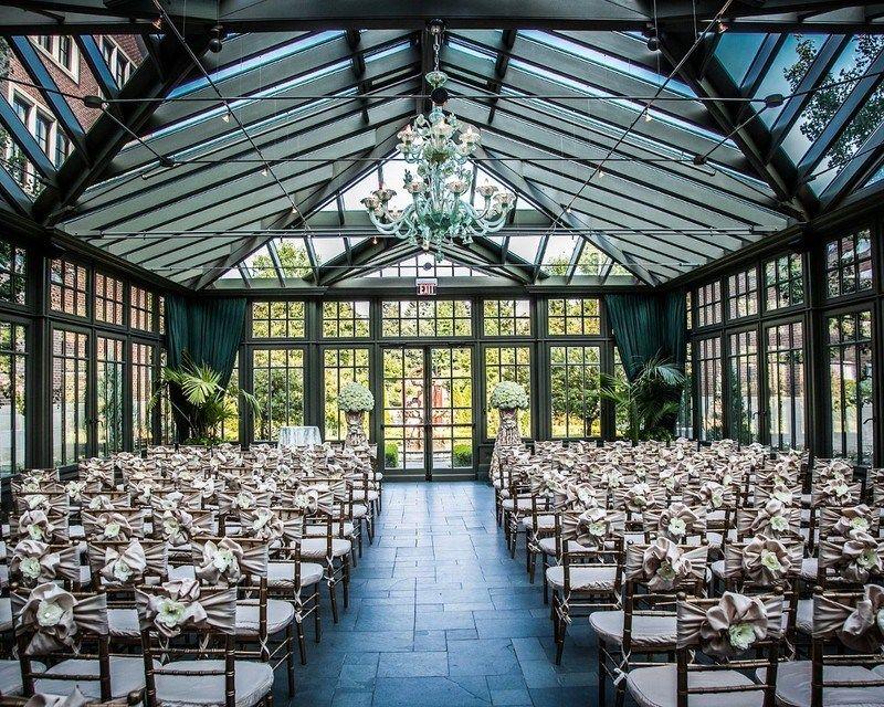 8 Breathtaking Metro Detroit Wedding Venues • Emily Andy