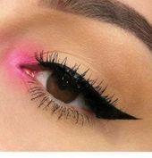 ¡35 looks de maquillaje de ojos rosados para probar esta temporada! #makeupeyeshadow Pink eye makeup is …