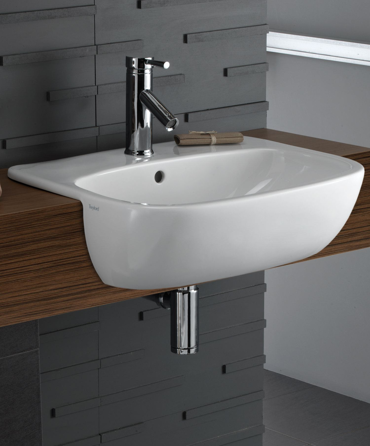 Twyford Moda 550mm Semi Recessed Basin Showers Toilets and