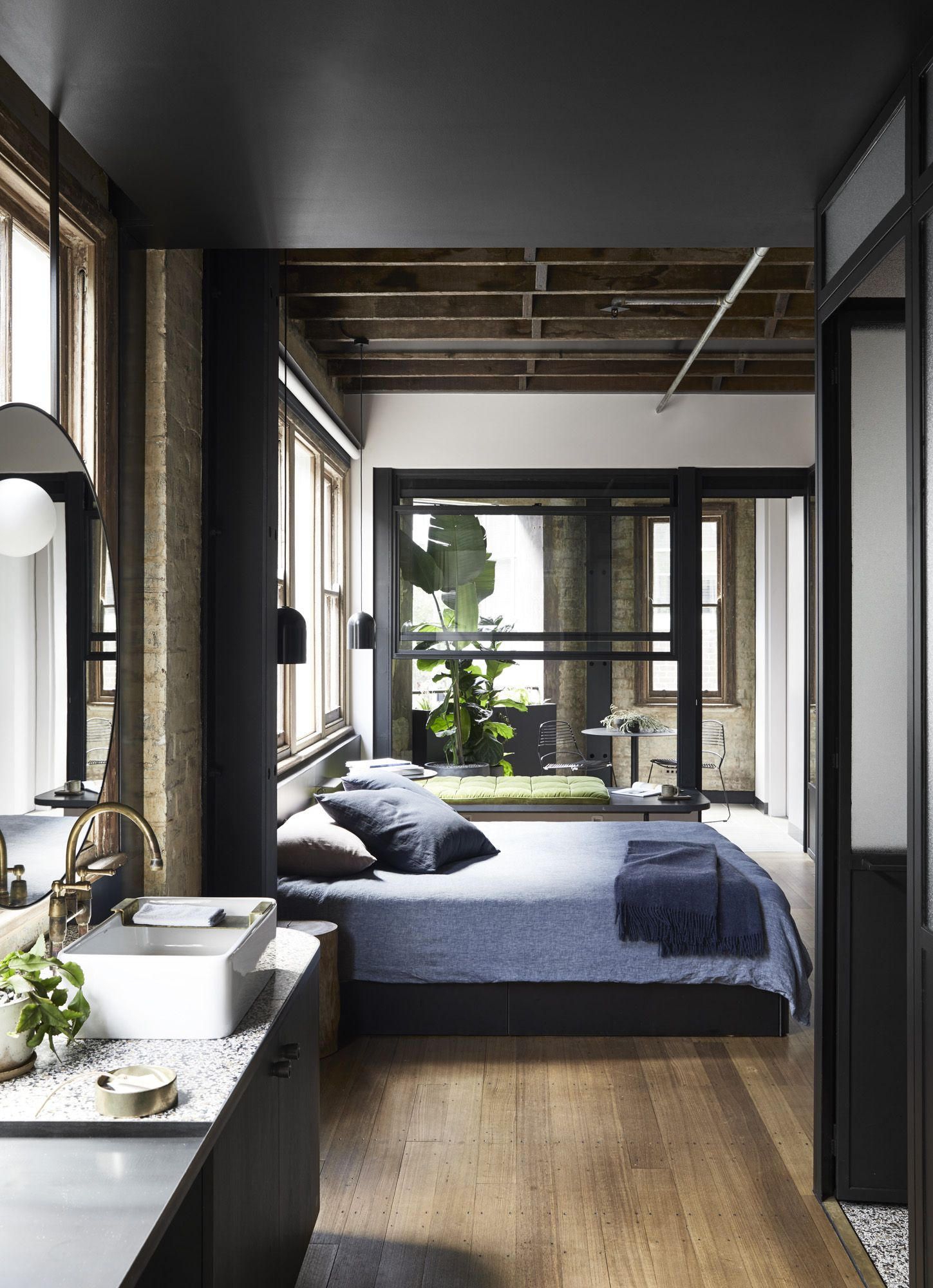 Boutique hotels now make up 10 per cent of all new hotel rooms across Australia - https:\/\/www