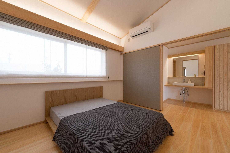 寝室の施工事例 フォトギャラリー 小松市のハウスメーカーは梶谷建設 寝室 吊り戸 梶谷