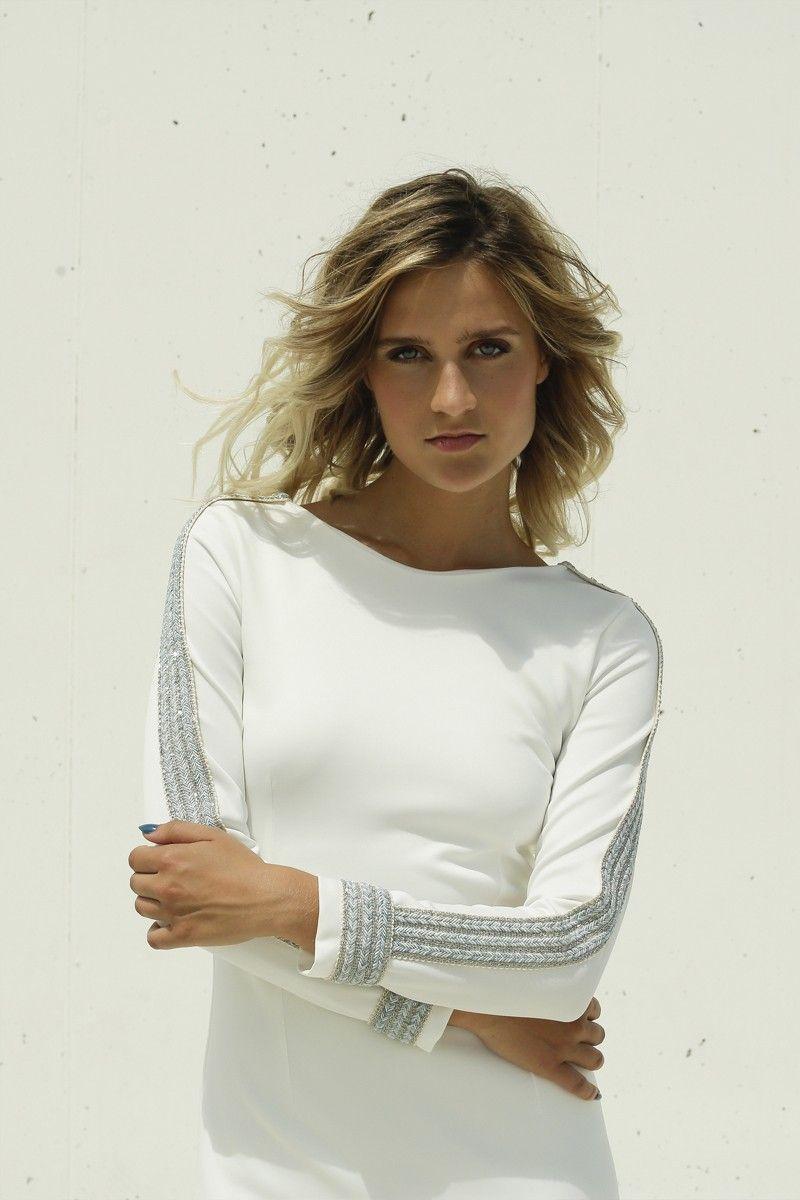Vestido blanco ajustado largo