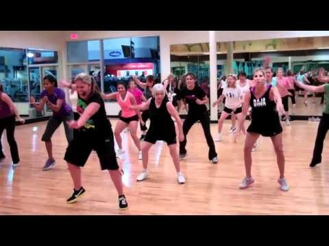 Zumba- Sexy & I Know It Routine! Ps. Check out grandma behind instructor ROCKING it~