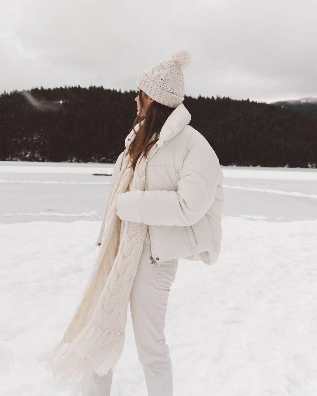 Winter White Ski Trip Outfit Ski Trip Outfit Puffer Jackets Warm Outerwear [ 1350 x 1080 Pixel ]