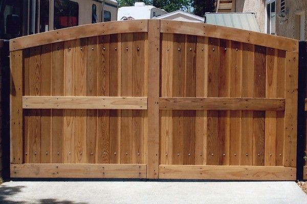 Redwood Gate Designs Double Ranch Style Tongue And Groove Redwood Gate Backyard Fences Fence Gate Fence Landscaping