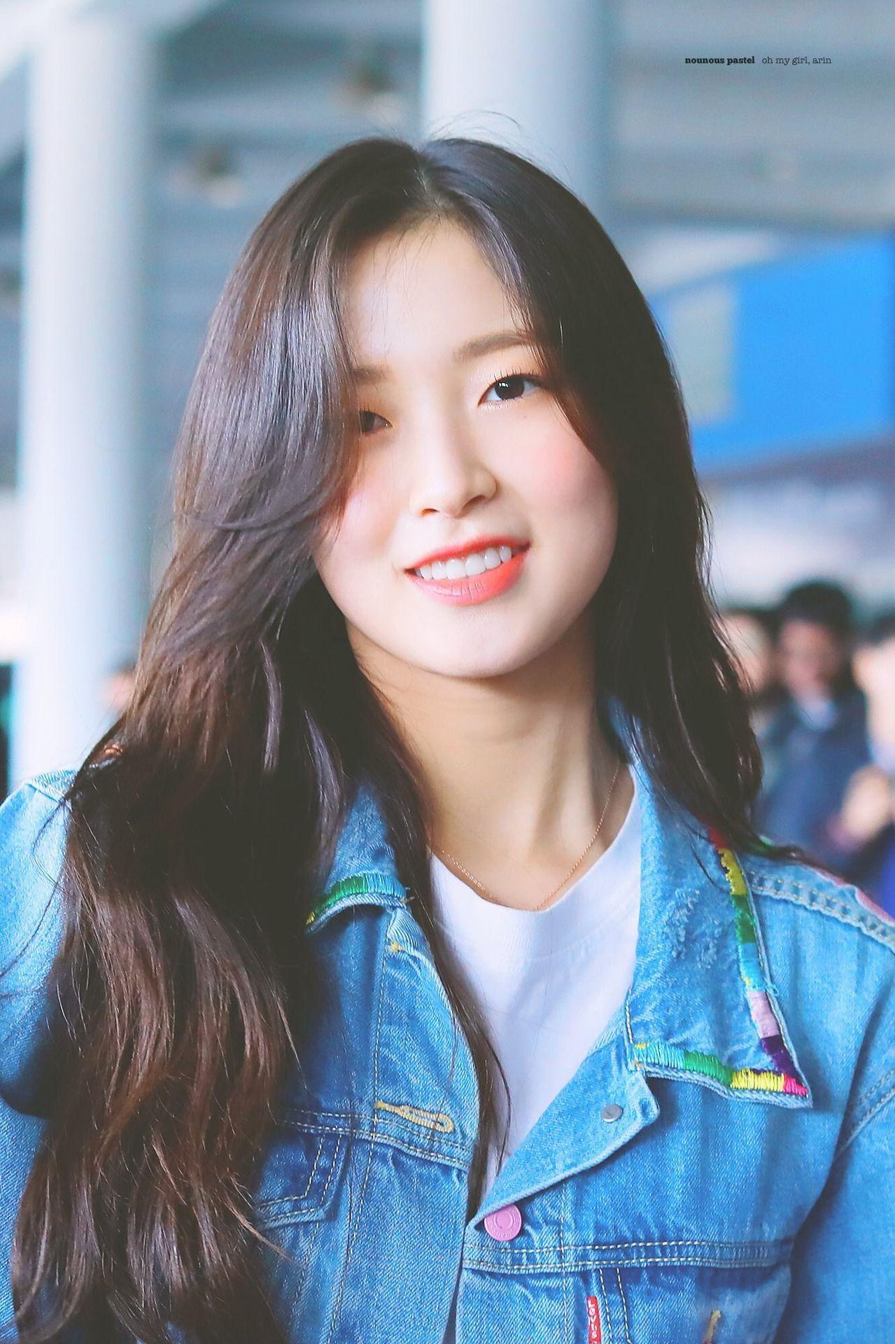 Pin By I I Iµ On Kpop Arin Oh My Girl Cool Girl Kpop Girls