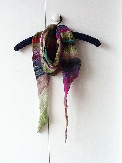 knittyblue\'s Windward | Knit & Crochets | Pinterest | Chales de ...