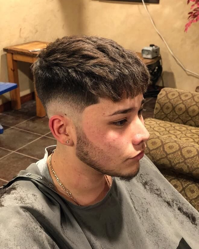 40 Best Low Fade Hairstyles For Men Cool Low Fade Haircuts Of 2020 Textured Bangs With Low Skin Fade Low Fade Haircut Fade Haircut Mens Hairstyles Fade