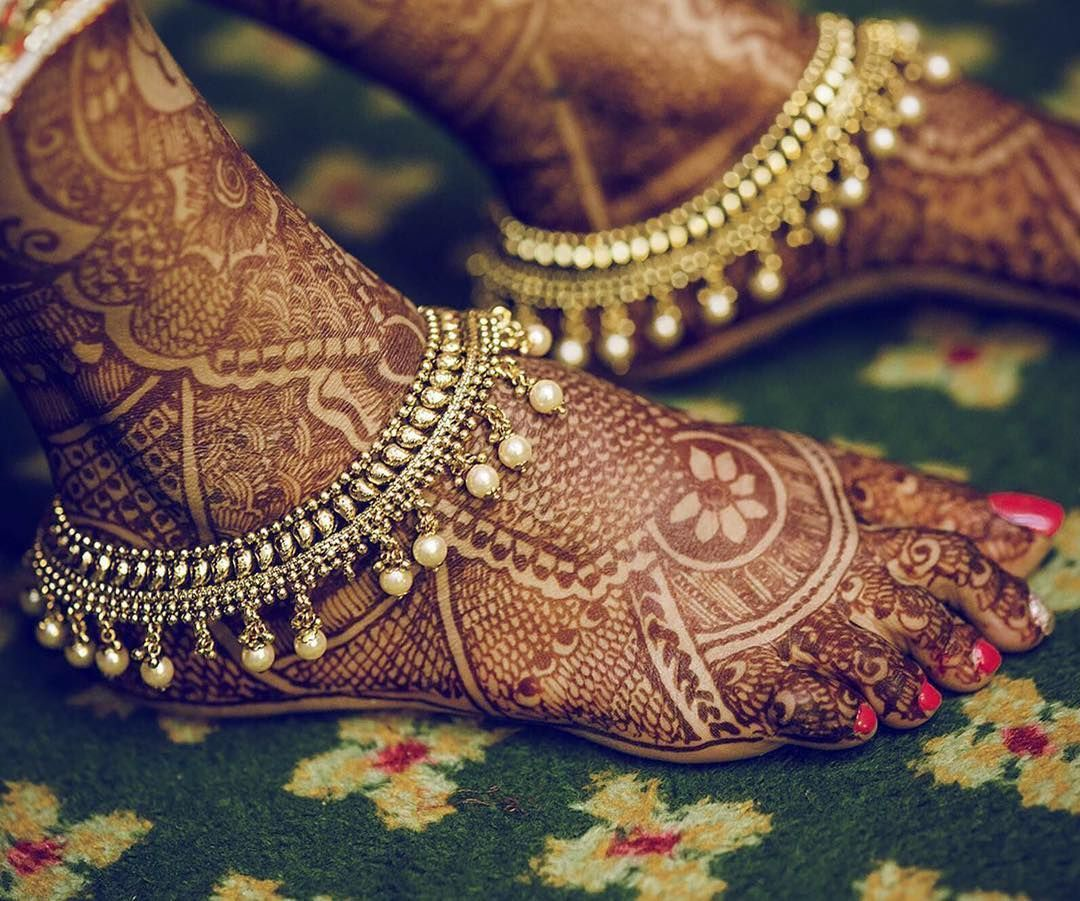 Wedding Henna W/ Pearled Bridal Payals (anklets) #Repost
