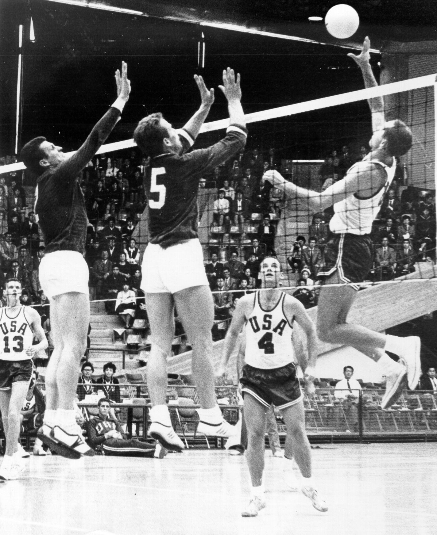 Throwbackthursday From The 1964 Olympics Held In Tokyo Japan Voleybol