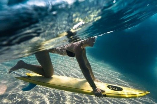 d1a2b00438 duck diving the waves | Bodyboarding 101: The Duck Dive Diving, Surfing  Girls,
