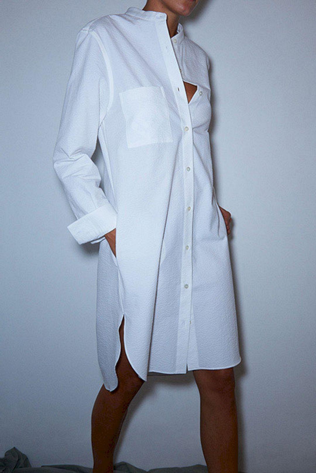 Stunning 45 Perfectly Chic Women's White Shirts Spring Summer Inspiration https://www.tukuoke.com/45-perfectly-chic-womens-white-shirts-spring-summer-inspiration-2450