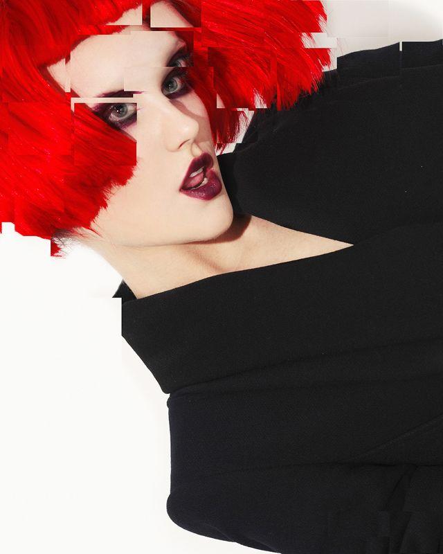 Maquillaje en contraste con el color del cabello