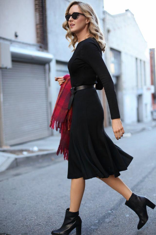 5d3eb3f9b00 Modest Black Dress | The Modest Black Dress in 2019 | Black midi ...