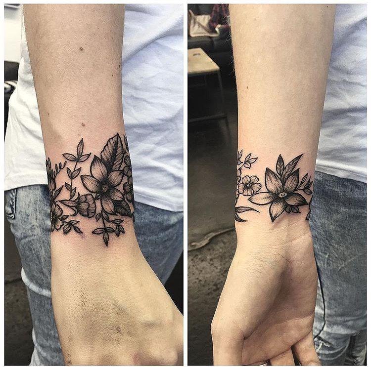 Pinterest Connellmikayla Wrist Tattoo Cover Up Wrist Tattoos Wrap Around Wrist Tattoos