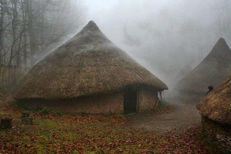 Archaeoethnologica Casas Circulares Na Britania