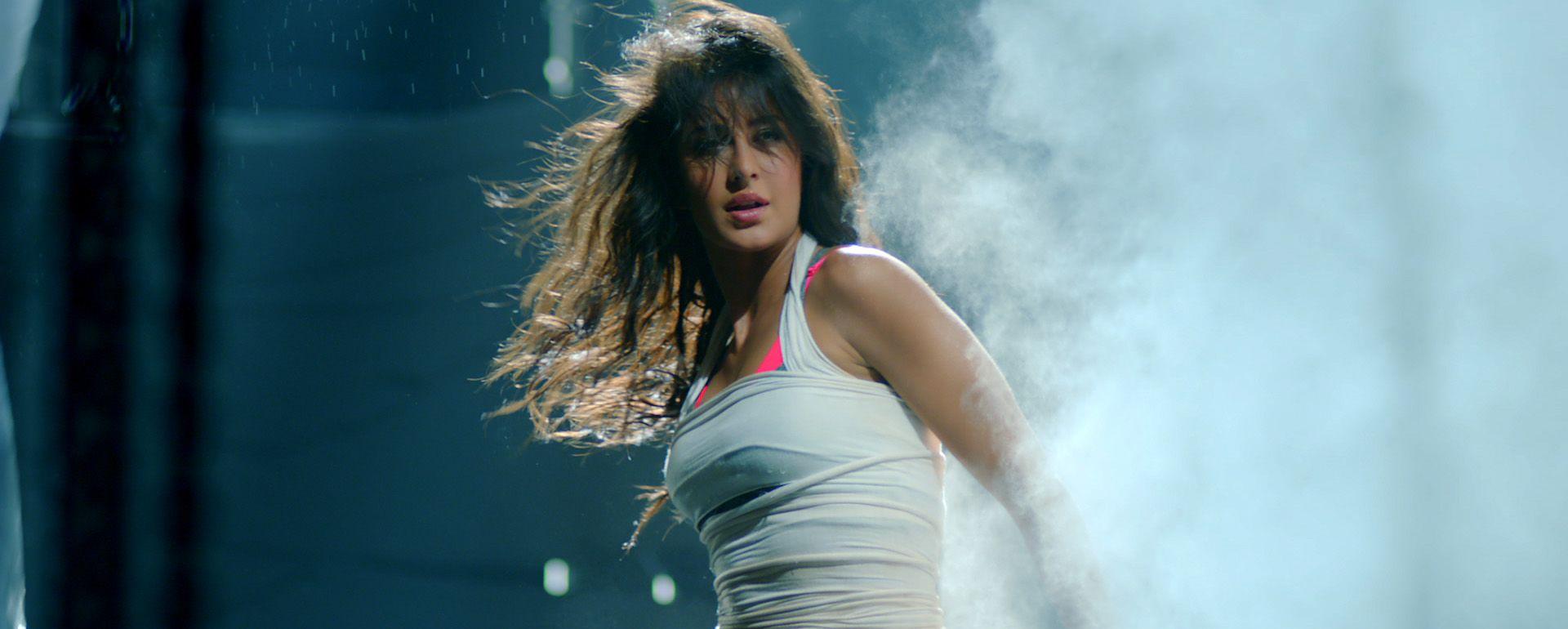 Katrina Kaif Video Blue Film