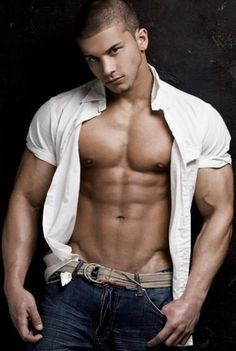 muscle men latino Hot