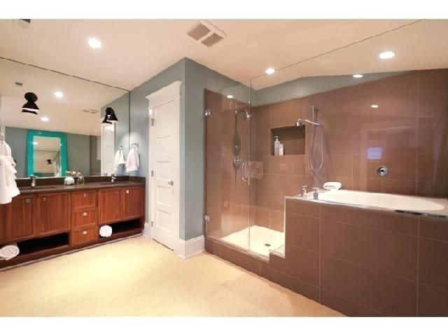 Master Shower With Japanese Soaking Tubjapanese Style Bath Tubs For ...