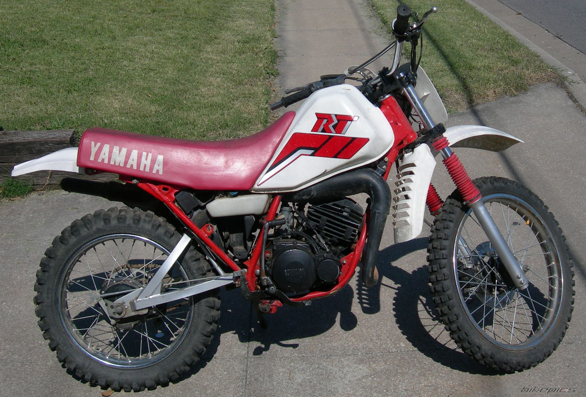 click on image to download 1990 yamaha rt180 service repair rh pinterest com Yamaha Dirt Bike Fuel Filters 1997 Yamaha RT 180 Parts