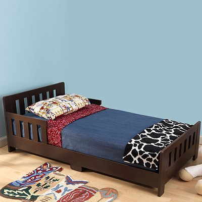 Thinking this would be really cute with some dark red and tan bedding for my little boy.