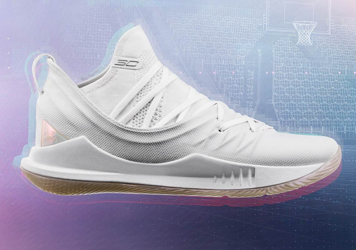 all white curry 4s