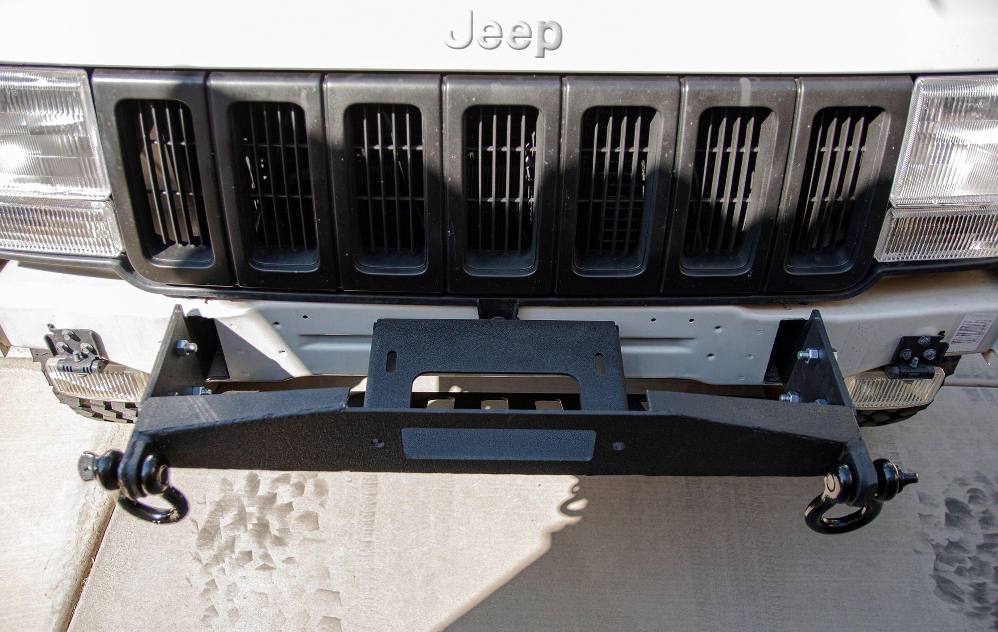93 98 Zj Stubby Front Winch Bumper In 2020 Winch Bumpers Winch