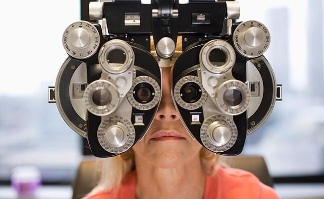 c650afd8f73 10 Things Your Eye Doctor Knows—And Wishes You Did