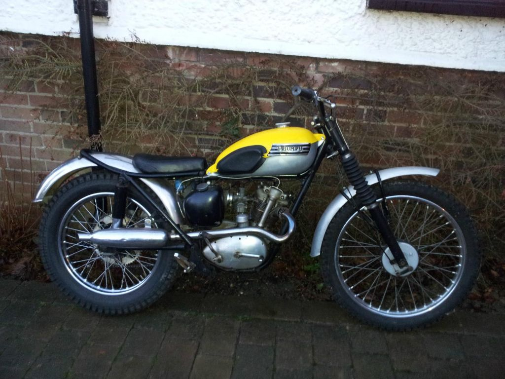 The Triumph Trials Tiger Cub The Bike My Dad Owned That Started My