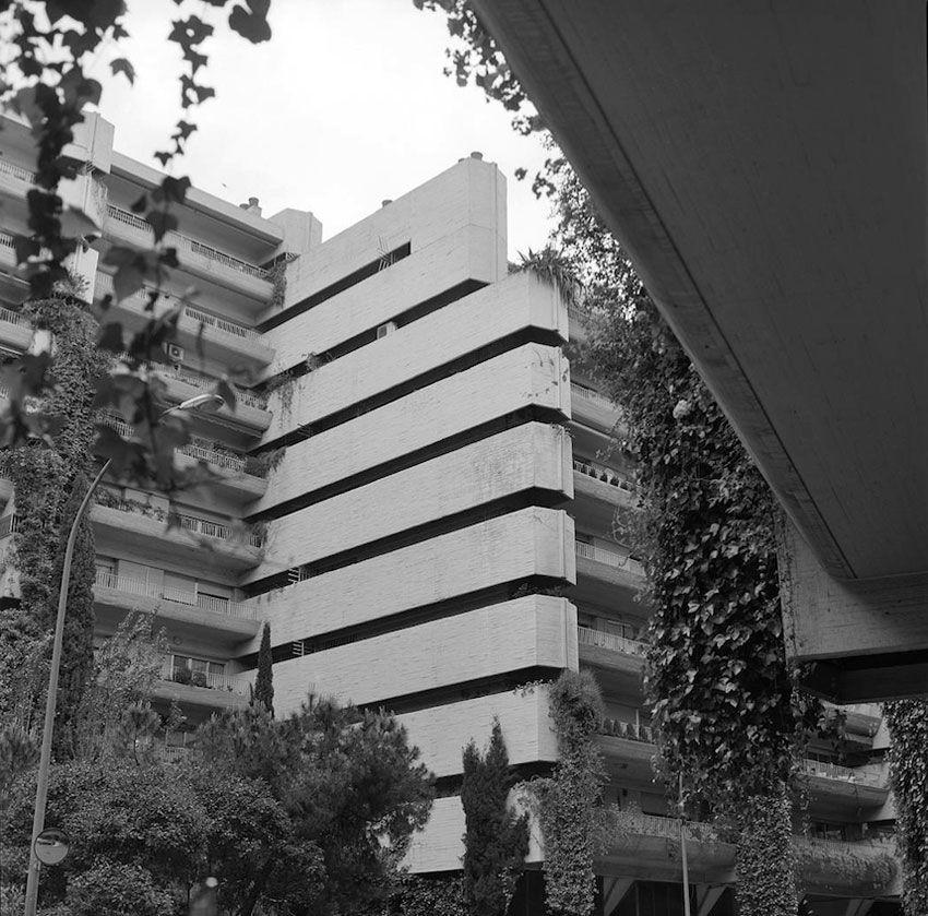 Princesa Apartments Fernando Higueras Antonio Miró Concrete Facade Organic Architecture Building Facade