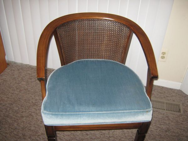 $35 1960'S VINTAGE PECANWOOD CHAIR   Furniture, Home decor ...