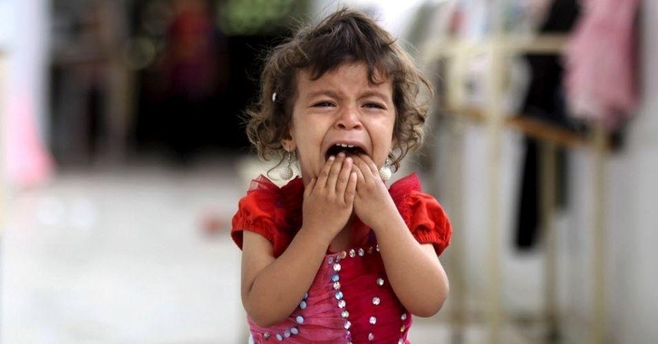 Dificuldades na infância alteram estrutura do cérebro, diz estudo