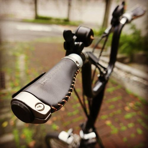 Brompton M bar Short version Ergonomic Leather Grips MiniMODs