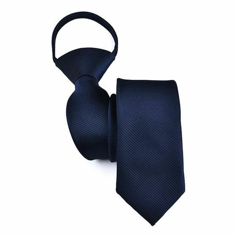 Royal Blue Solid 100/% Polyester Geoffrey Beene Men/'s Tie One Size