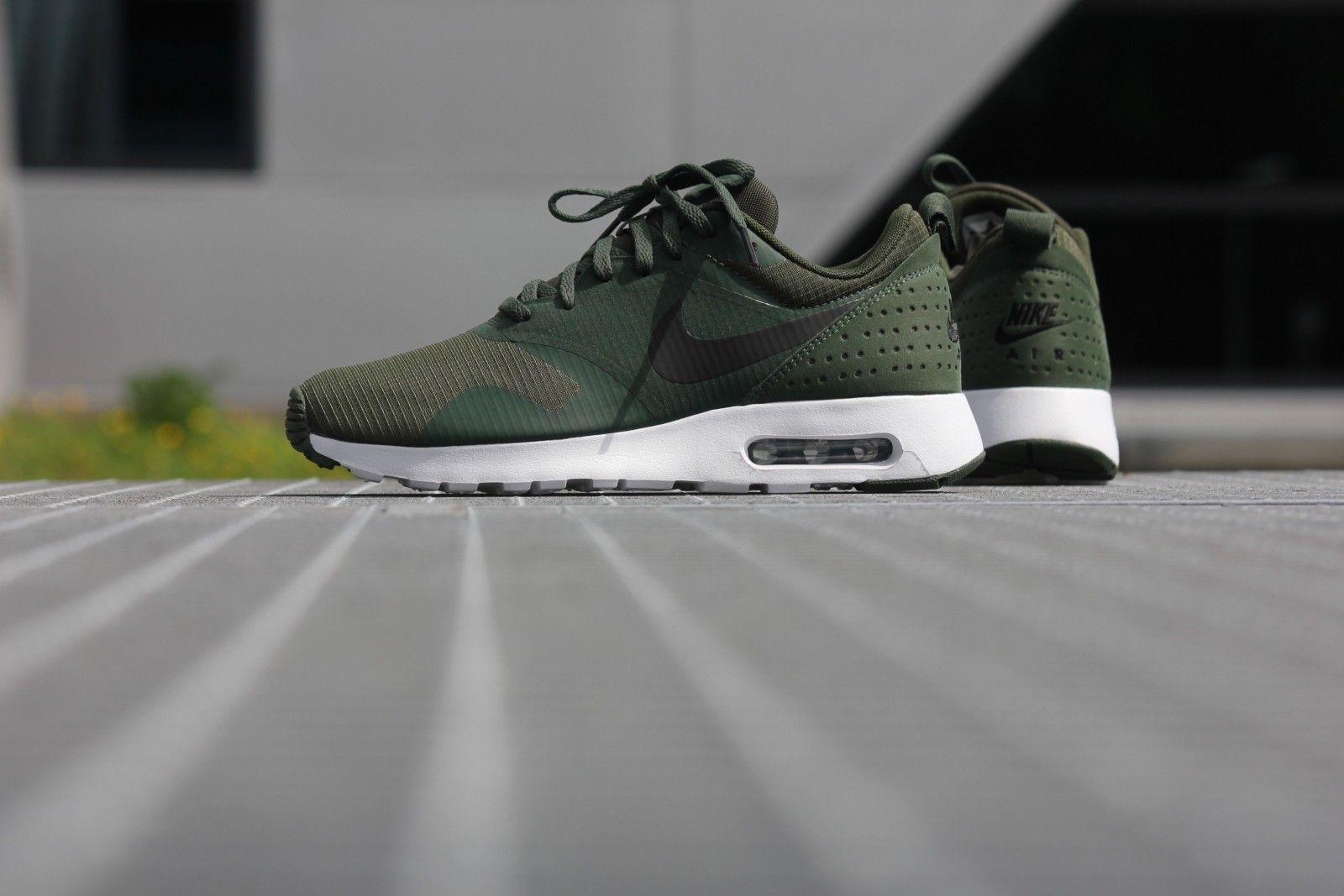 Nike Air Max 1 Tavas Carbon Green Black White 705149 301