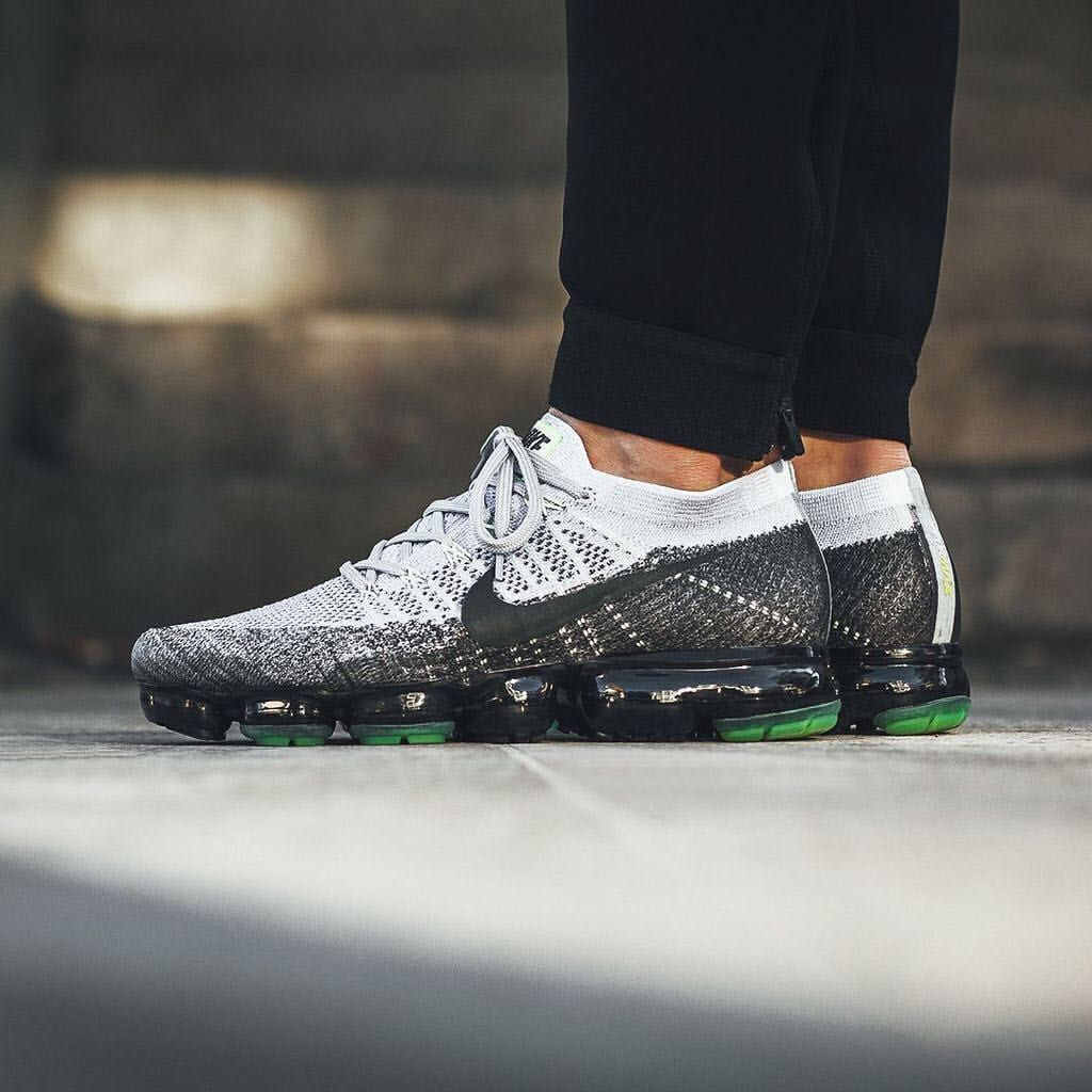 e2aa90a543db4 Nike Air Vapormax Flyknit  Pure Platinum Anthracite White Dark Grey Running  Shoes