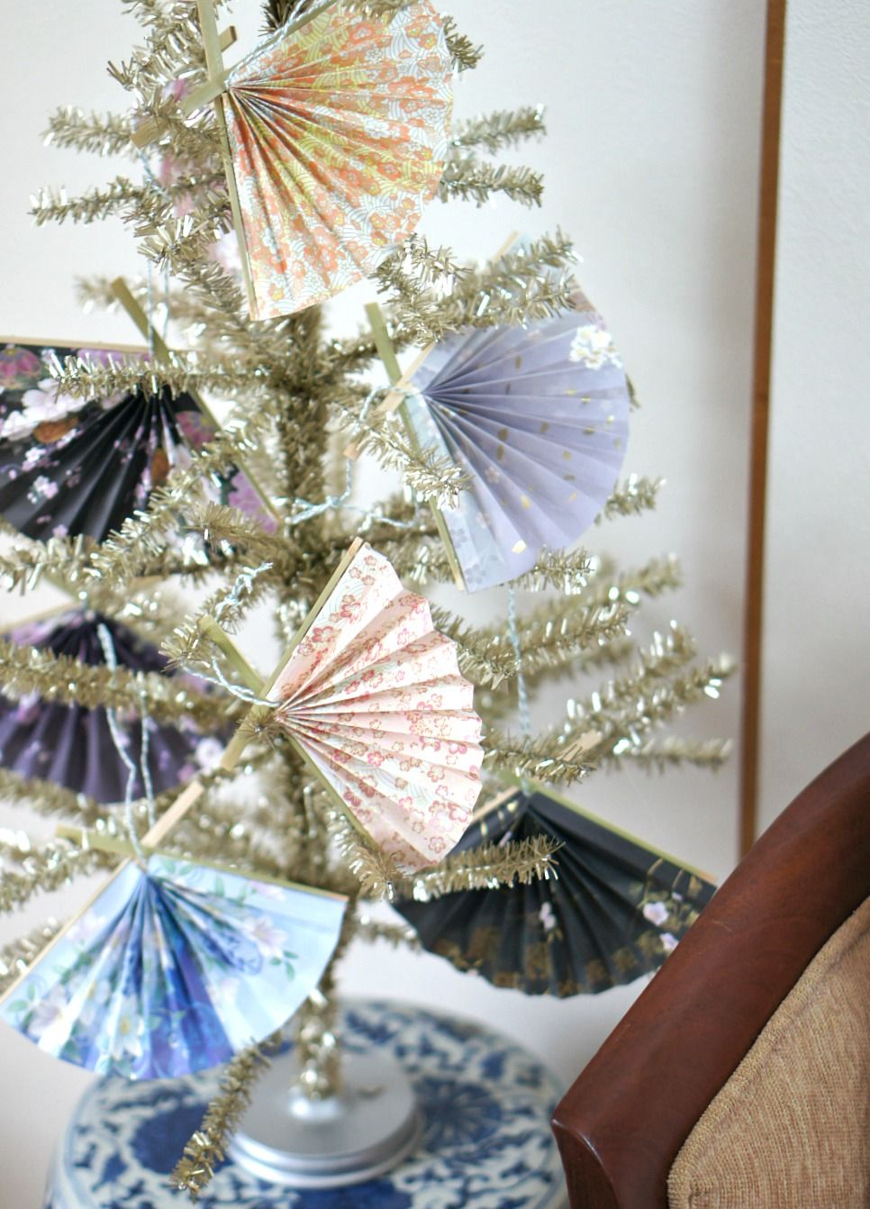Japanese Paper Fan Ornament Home Made By Carmona Paper Christmas Ornaments Christmas Ornament Crafts Japanese Christmas