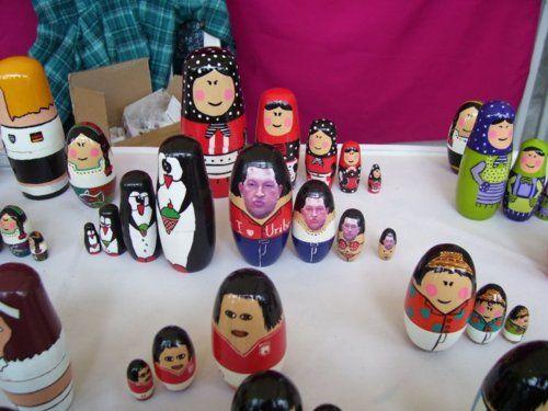 Mercado de Usaquén: Chávez quiere a Uribe / Bogotá, Colombia