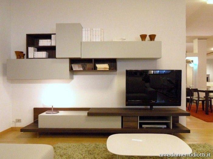 Composizione Soggiorno ~ Composizione soggiorno caratterizzata dalla base attrezzata porta