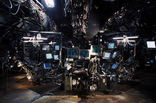 "Wachowski, Hermanos. (1999). ""Matrix"". [Película]."