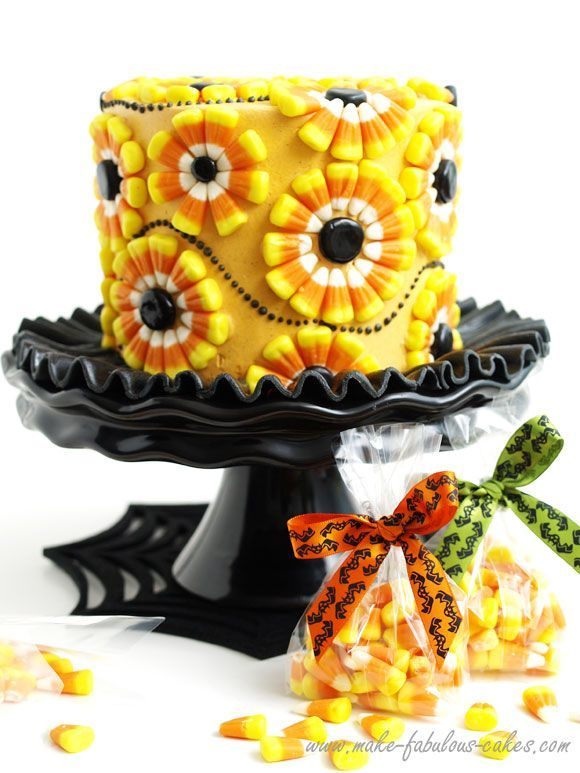 Halloween Cake  Decorating a Candy Corn Cake Corn cakes - cute halloween treat ideas