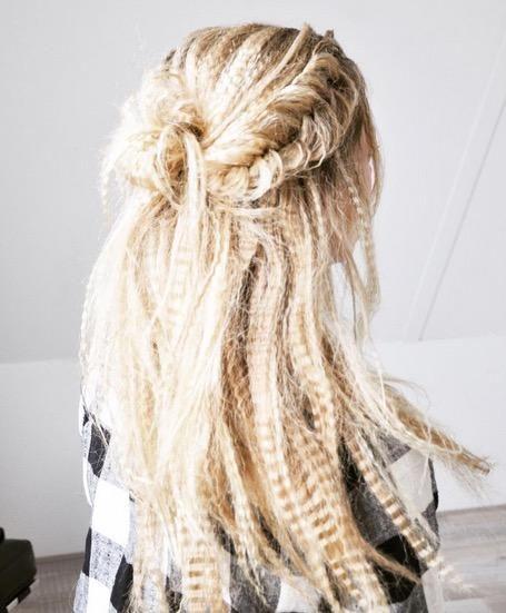Hilfe Der Schrage Haar Trend Aus Den 90ern Kommt Zuruck Hair Styles Braided Hairstyles Crimped Hair
